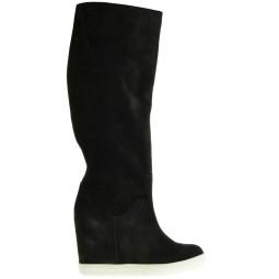 Victim damesschoenen koop je online in de webshop van Taft